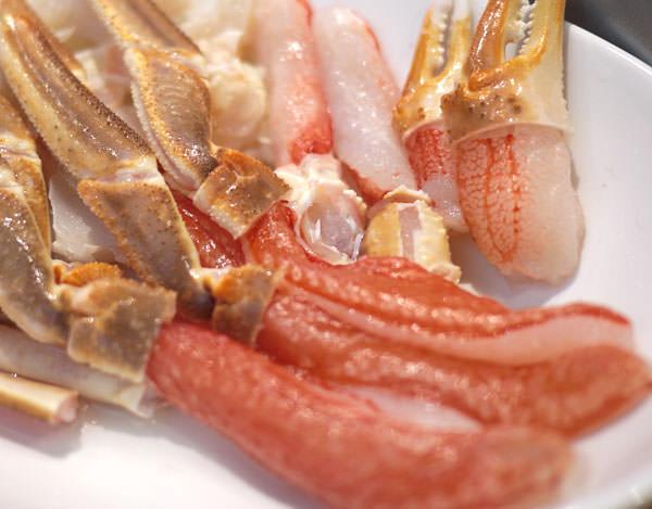 かに本舗 生本ずわい蟹「かにしゃぶ」むき身満足セット 解凍してみました