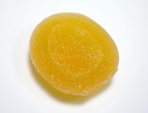 彩果の宝石 あんずのフルーツゼリーはあんずの形をしている