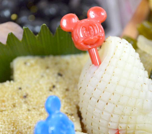 ミッキーマウス型のピック