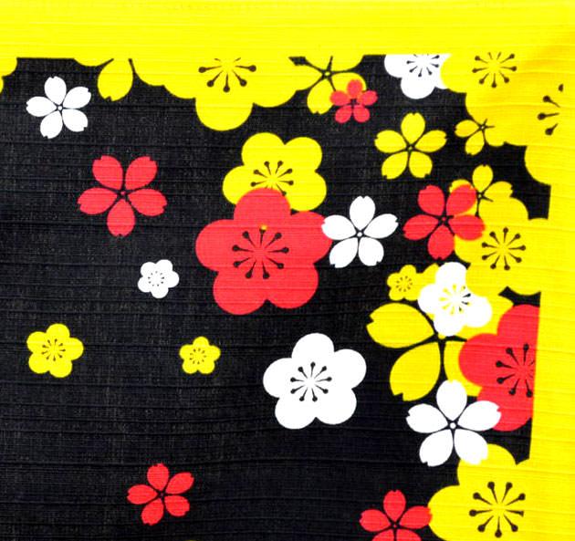 風呂敷の端には梅の花