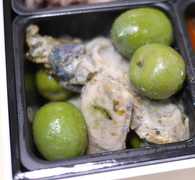 広島産牡蠣の ローズマリーのマリネ