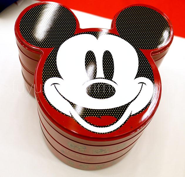 ミッキーマウス三段重 外観