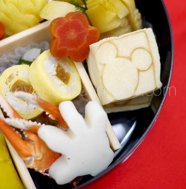 「ミッキー焼き印高野豆腐」「ミッキーの手の形の蒲鉾」「ふぐの小袖巻」「紅ズワイ爪」