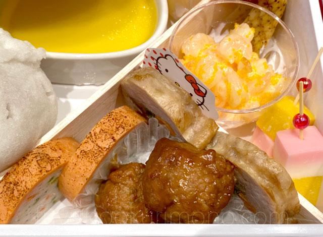 サーモンテリーヌや肉団子