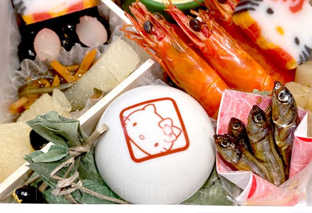 海老の旨煮や陶器の珍味入れ